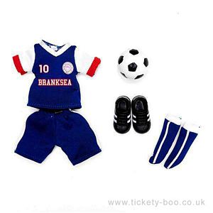 Branksea United Outfit Set from Lottie